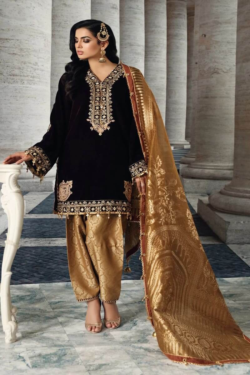 Velour De Luxe'20 by Anaya Velvet Collection 2020 Pakistani Suit VL-03