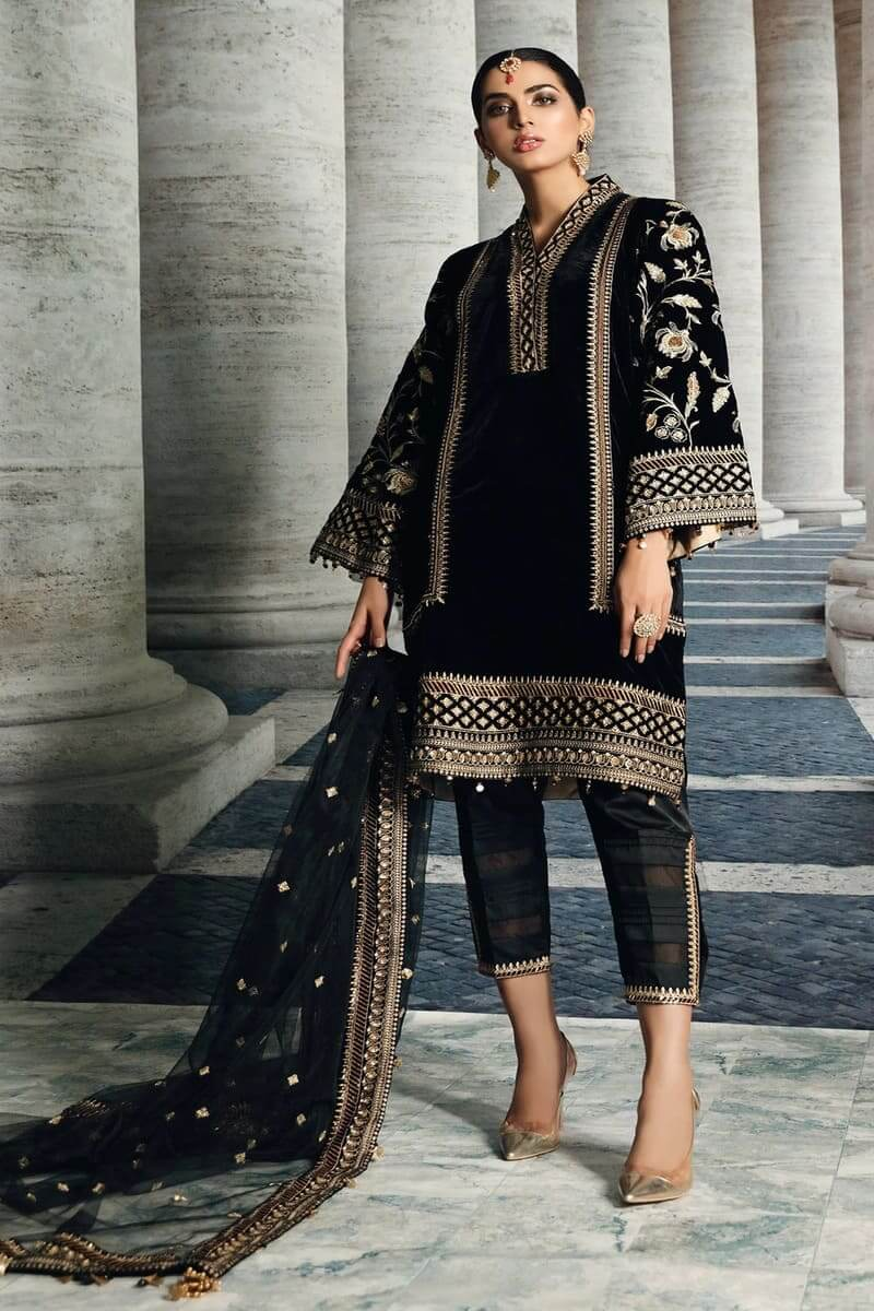 Velour De Luxe'20 by Anaya Velvet Collection 2020 Pakistani Suit VL-04
