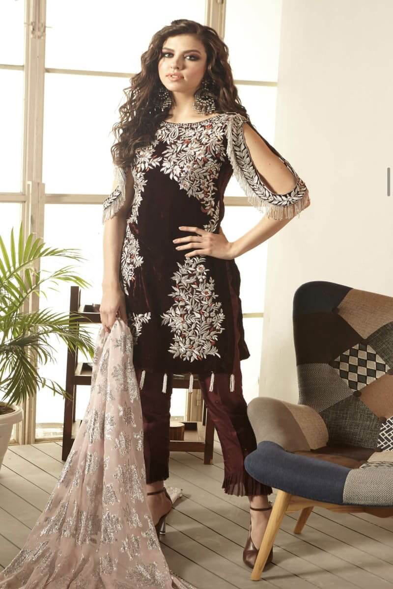 Zara Hayaat Winter Festive Collection 2020 Pakistani Suits Tartan W3