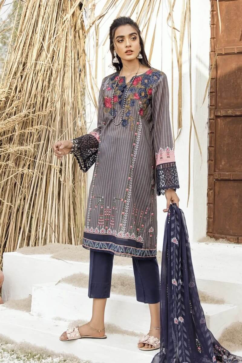 Iznik Guzel Lawn Collection 2020 Designer Suits GL20-07 Storm Chaser