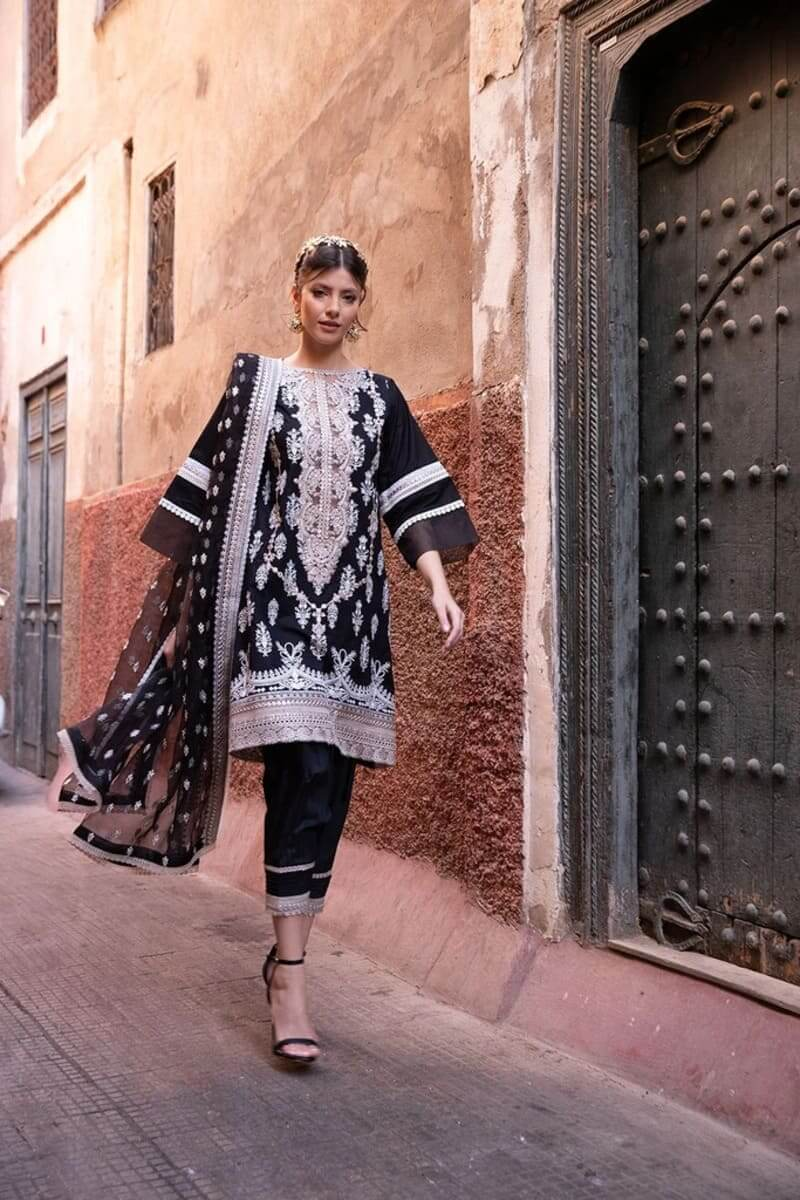 Sobia Nazir Luxury Lawn 2020 Designer Pakistani Suits DESIGN 10A