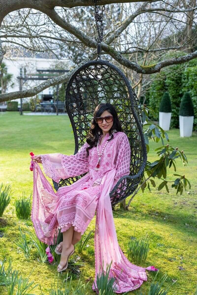 Sobia Nazir Luxury Lawn 2021 Pakistani Suits Design 4A